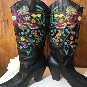 Two Lips Shoes - Two Lips Embroidered Cowgirl Boots